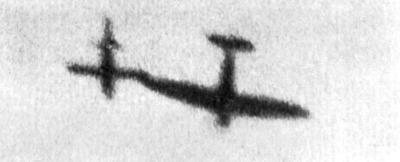 Spitfire vs Doodlebug